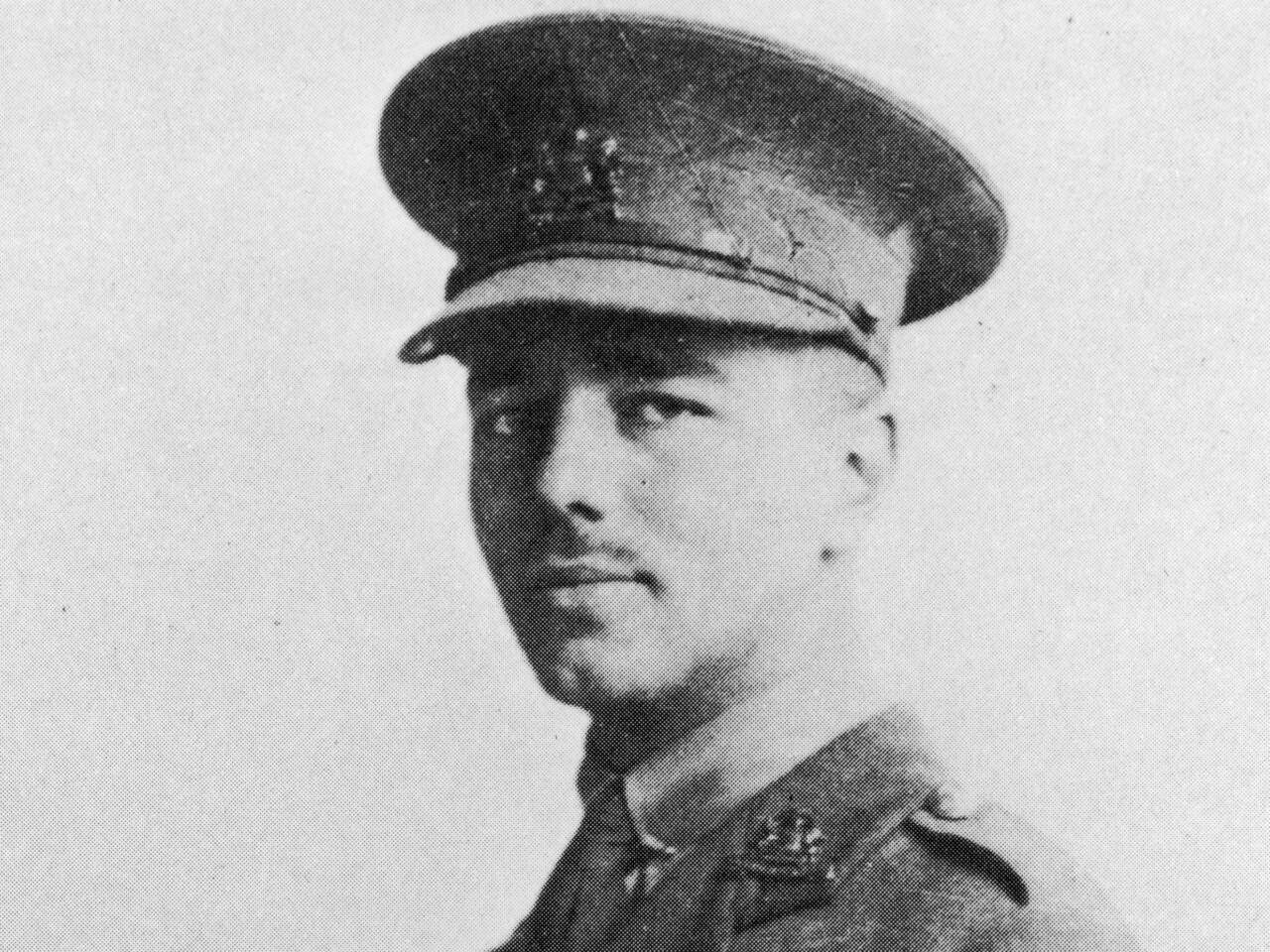 War Poet : Wilfried Owen photo