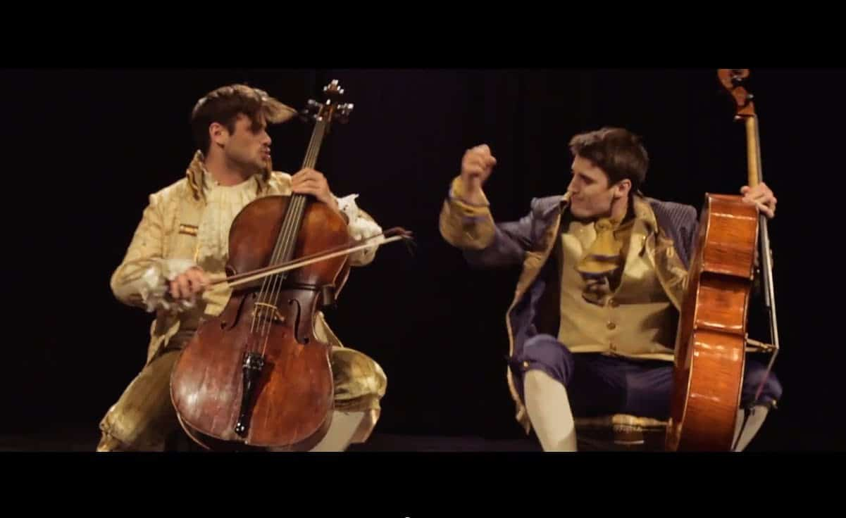 2CELLOS - Thunderstruck (AC/DC cover) photo