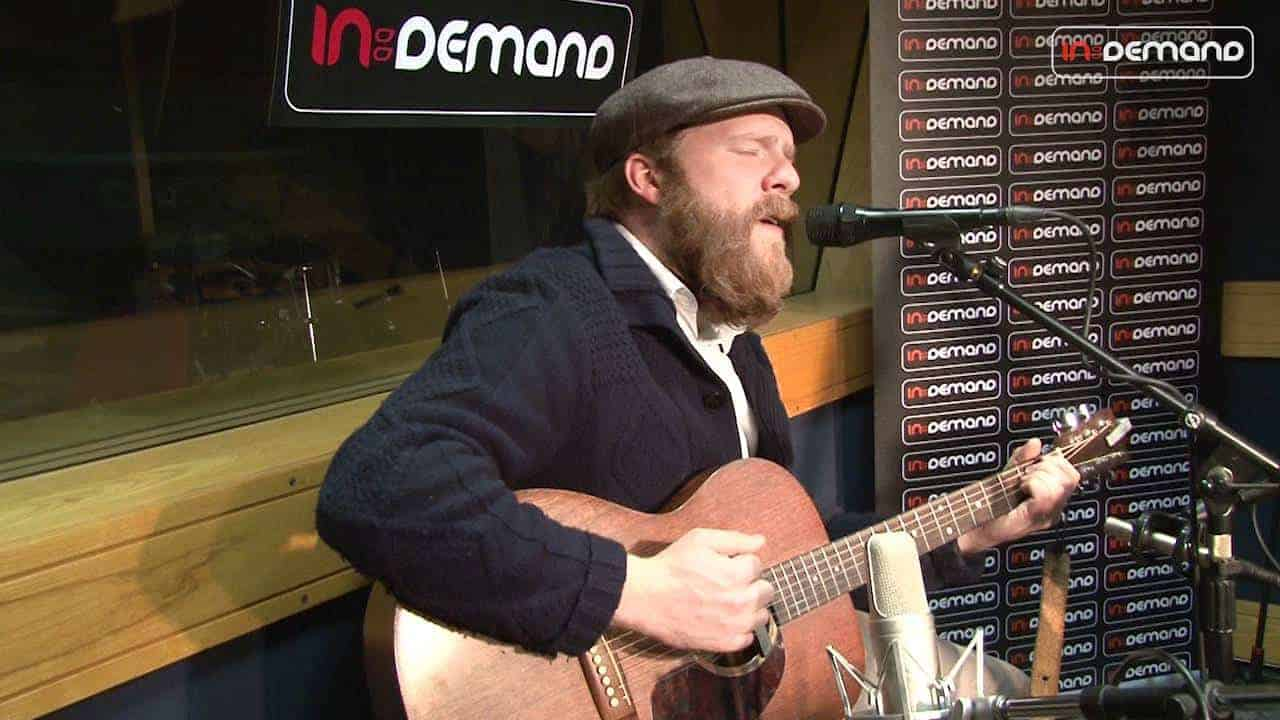 Alex Clare - Too Close (Live Session) photo
