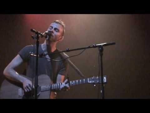 Asaf Avidan and the Mojos - Reckoning Song (live) photo