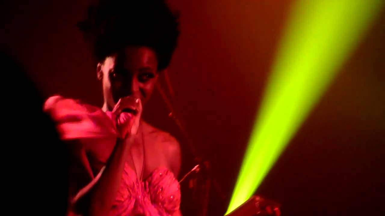 Concert de Morcheeba et MoonPix Recorder au Bataclan photo