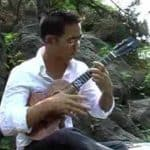 Jake Shimabukuro - When My Ukulele Gently Weeps photo