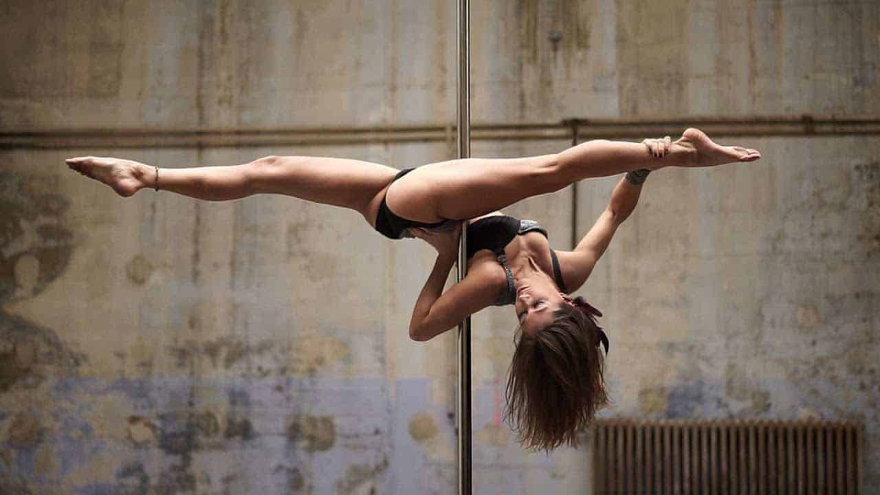 Karo Swen - Pole Dance (Artwork 1) photo