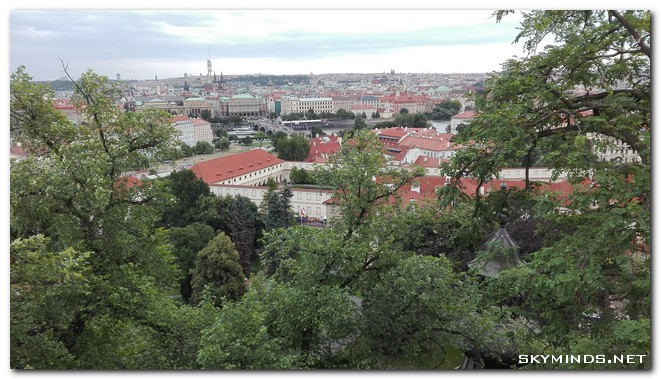 prague-vue-du-chateau