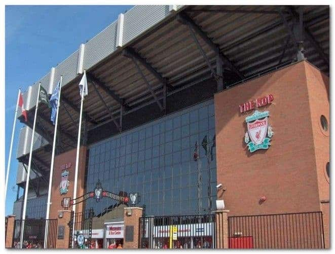schooltrip_2008_liverpool_anfield_entrance